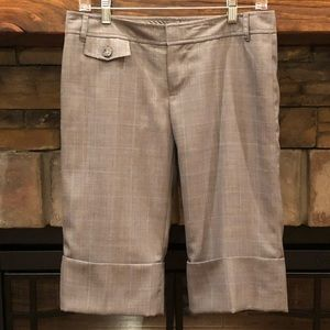 Banana Republic Factory Cuffed Shorts Long • Sz 6